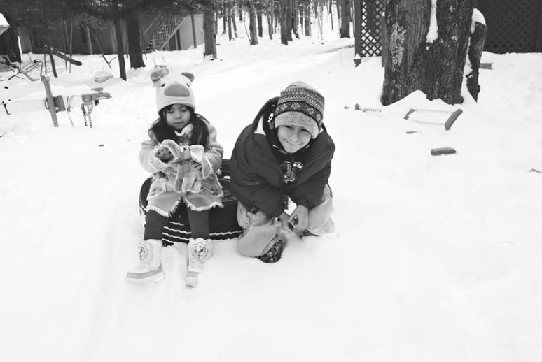 Scarlett-Hernandez-_-snow
