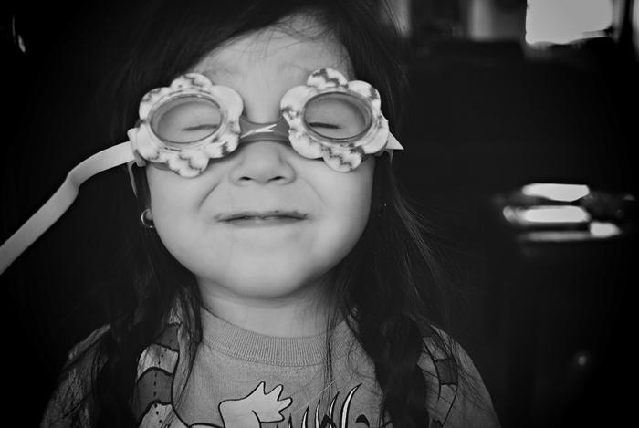 goggles-_-Scarlett-Hernandez